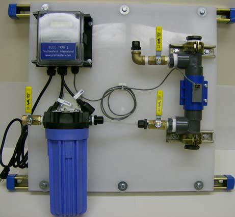 Besleme ve tahliye suyu kimyasal kontrol cihazı