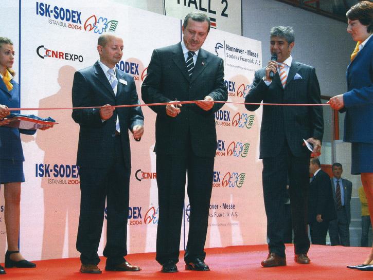 Sektörün En Büyük Buluşması ISK-SODEX 2004 Görkemli Başladı, Başarıyla Tamamlandı