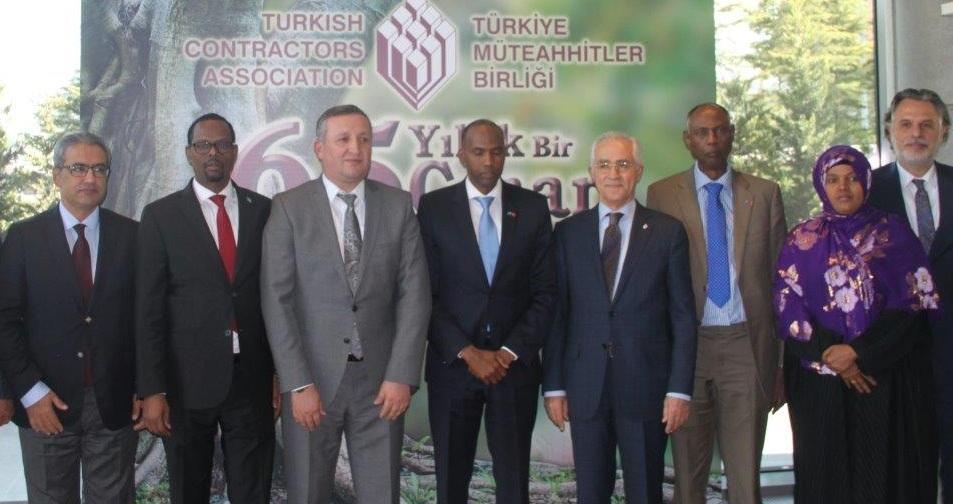 """Somali Başbakanı Khayre: """"Türk müteahhitlere her türlü desteğe hazırız"""""""