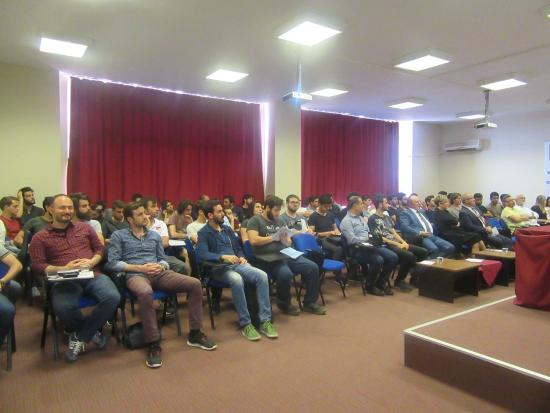 Duyar Vana, Trakya Üniversitesi 27. Bahar Konferansında Genç Mühendis Adaylarla Buluştu