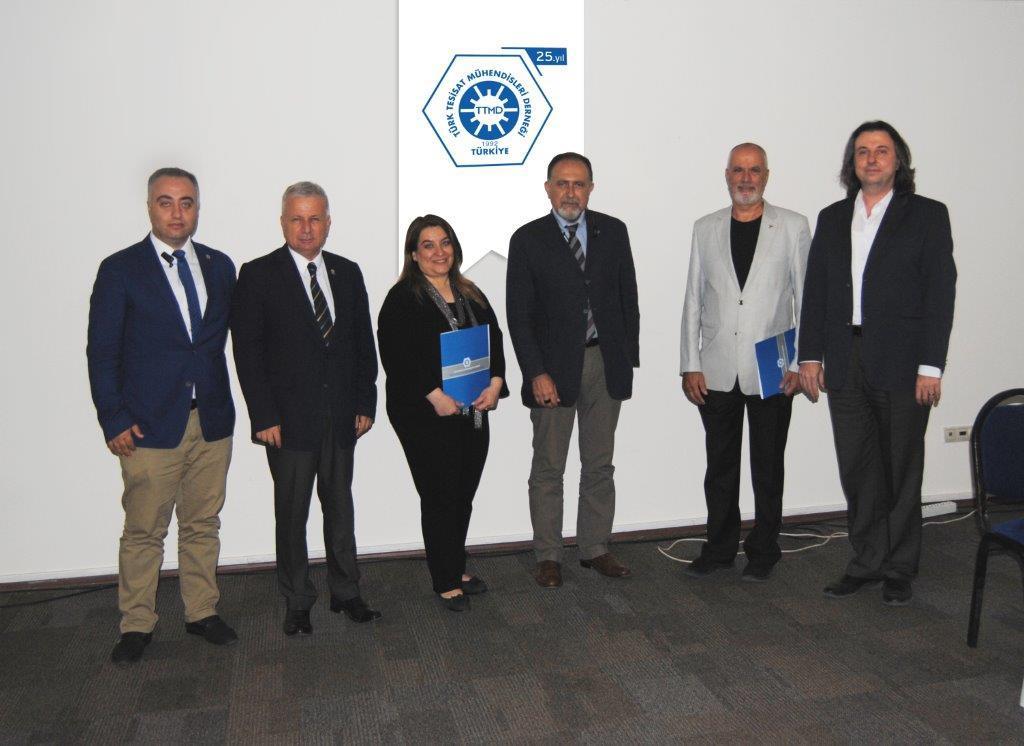 """TTMD İzmir Şubesi """"Sivil Toplum Kuruluşlarında Stratejik Anlayışın Önemi """" Seminerini Gerçekleştirdi"""