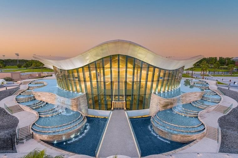Dünyanın En Derin Dalış Havuzu Dubai'de Açıldı
