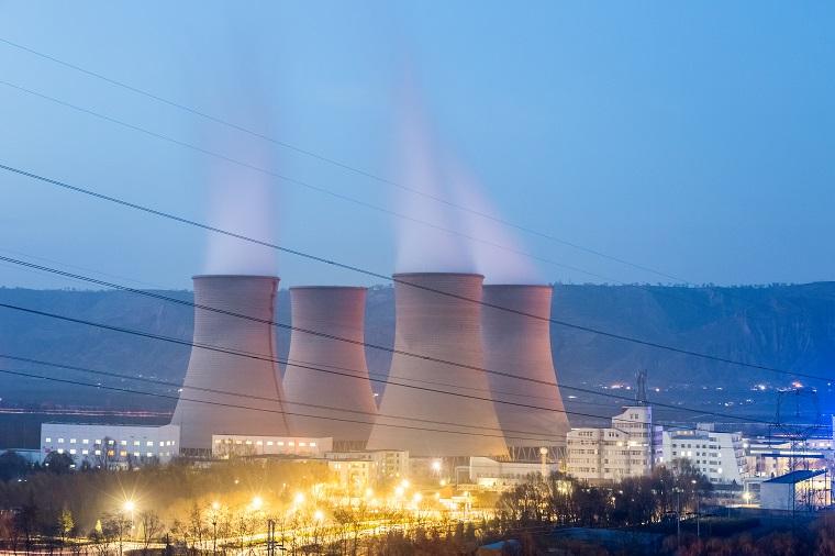 2020 Yılında Avrupa'da Fosil Yakıt Kullanımı ve Hava Kirliliği İlişkisi